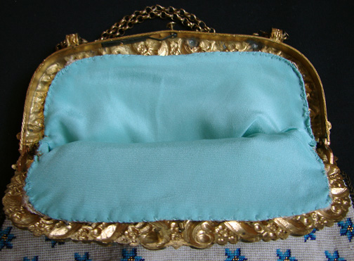 purse-blue-beading-marianiforoscom-aqua-interior1