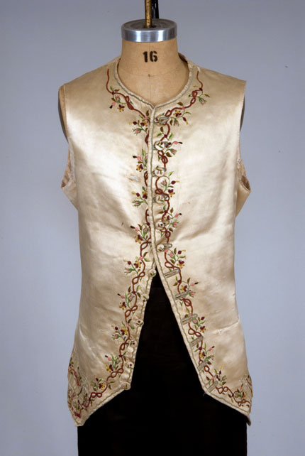 Waistcoat emb silk satin 1770-1800 augusta-auctions
