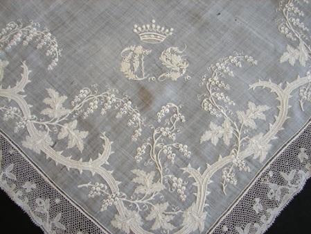 1800's, Whitework Hankerchief  Crown  Bobbin Lace Niforos
