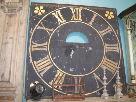 Clock blk bds