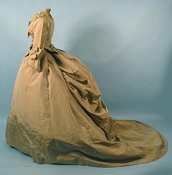 Dress fawn slk faille c 1868 AA