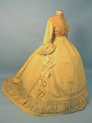 Dress Paris Yellow promenade c 1868 AA