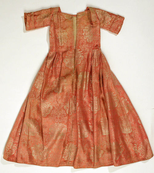 Dress 1st quarter 18th c European silk MET