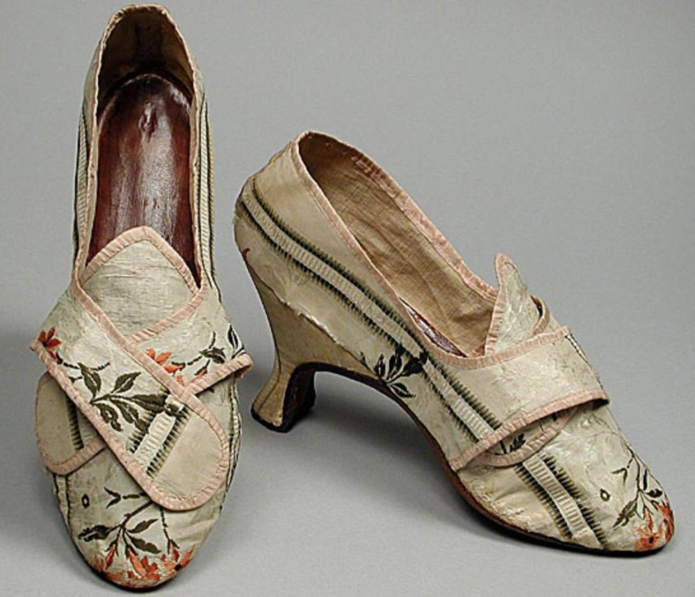 Th Century Shoes For Sale