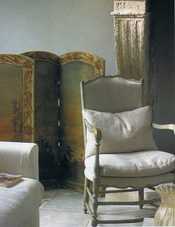 French linen and antique screen in Provence villa
