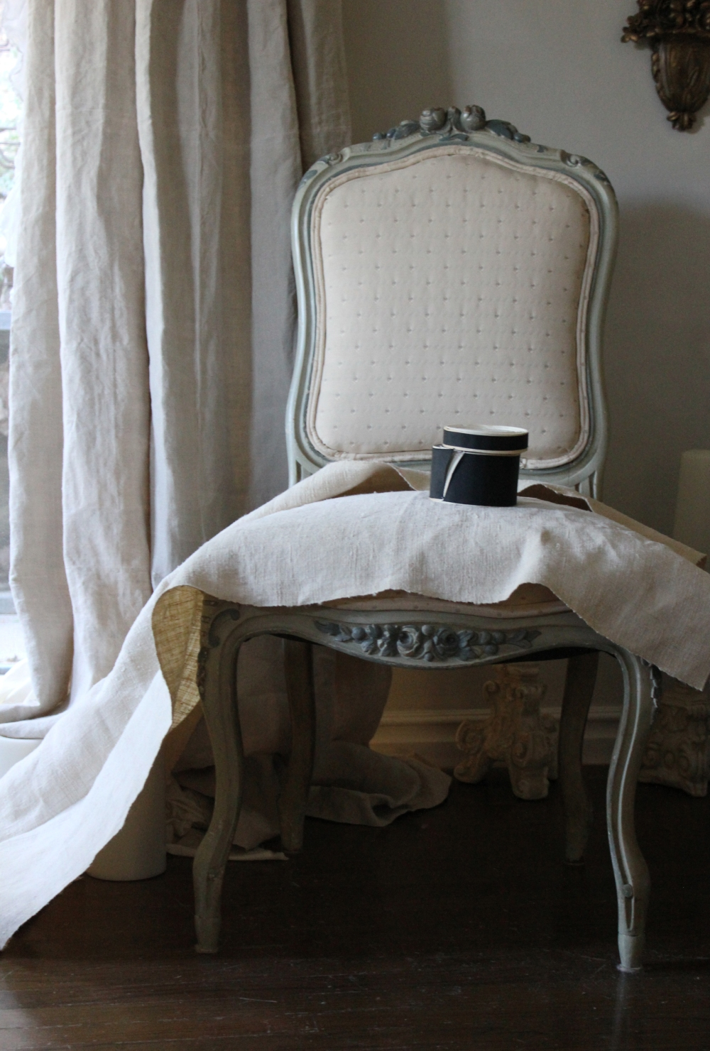 Trouvais French antique chair