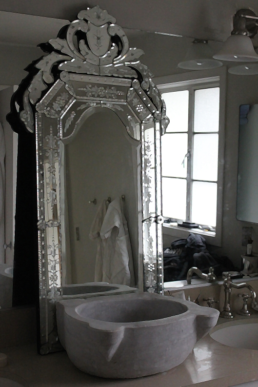 Venetian mirror Turkish marble sink