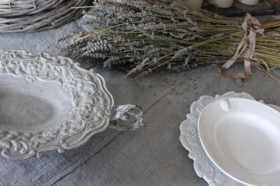 Trouvais gray tablescape
