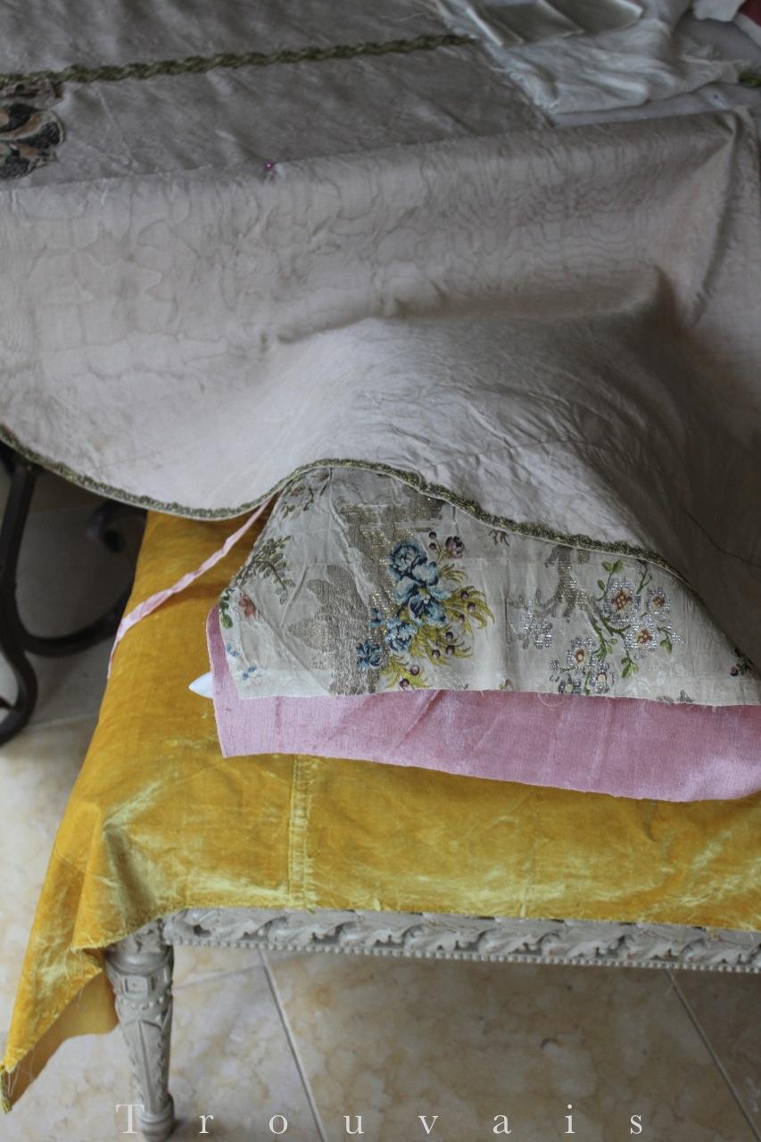 Trouvais Textiles