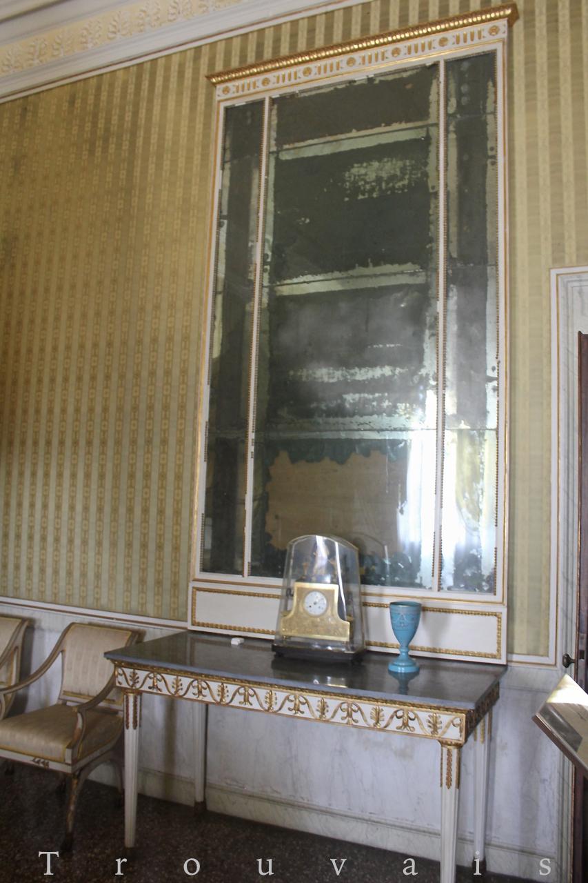 Trouvais Villa Pisani Napoleon Bonaparte bedroom